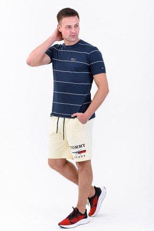 Шорты Ткань футер 2-х нитка Состав 80% хлопок, 20% полиэстер Описание Шорты мужские на шнурках, с карманами. На шортах нанесен логотип в виде принта. Сзади на кармане небольшая вышивка