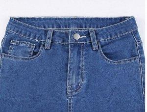 Женские прямые джинсы с карманами ниже колена, цвет синий