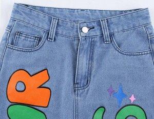 """Женские прямые джинсы с цветной надписью """"In your dreams"""", цвет голубой"""