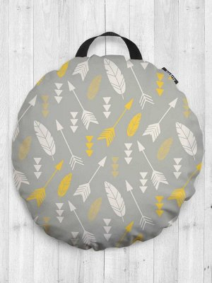 Декоративная подушка сидушка «Косые стрелы с перьями» на пол круглая 52 см