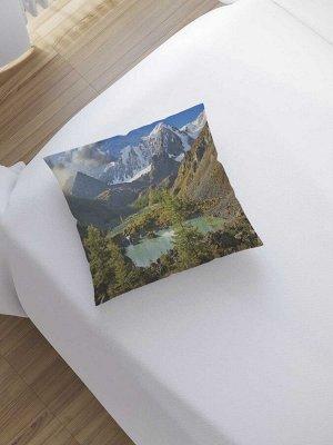 Наволочка декоративная «Дымные горы за лесом» на молнии, 45x45 см