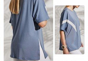 Женская спортивная футболка с полосками/разрезом, цвет синий