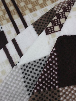 Плед Ткань: Микрофайбер Состав: 100% полиэстер Цвет: Коричневый/Белый/Бежевый Год: 2021 Страна: Россия Комплектация: Плед 180*210 см 1 шт.  Страна (страна производства): Россия Размер товара в упаковк