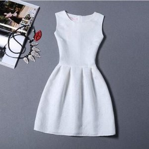 Платье Платье-колокольчик Цвет: белый Размер: S