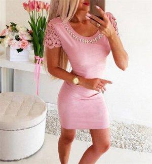 Платье Платье приталенное с фурнитурой Цвет: розовый Размер: S ОГ 88см, ОБ 90см, плечи 34см, талия 68см, рукав 12см, длина 83см