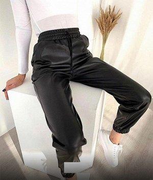 Кожаные штаны на резинке