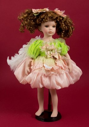 Кукла коллекционная Фея весны (12х12х42 см)