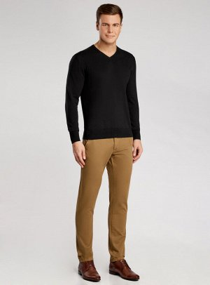 Пуловер базовый с V-образным вырезом