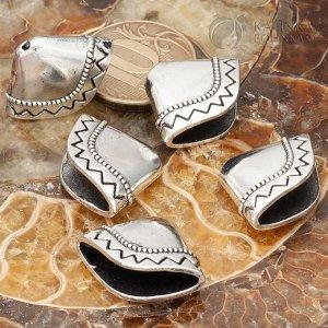 Шапочки-концевики, р-р 17х23х8мм, отв-е 21х5.5мм и 1.5мм, ювелирный сплав, цвет винтажное серебро.
