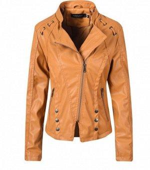 Женская куртка-косуха из эко-кожи, декоративные элементы на плечах, цвет коричневый