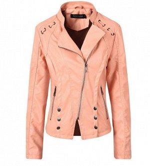 Женская куртка-косуха из эко-кожи, декоративные элементы на плечах, цвет нежно-розовый