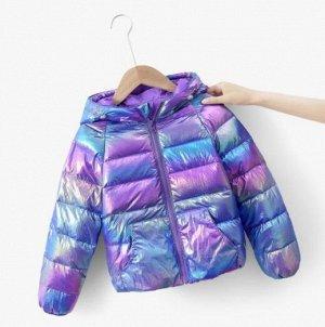 Детская перламутровая демисезонная куртка с капюшоном