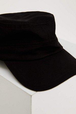 шапка Размеры модели: рост: 1,87 грудь: 89 талия: 75 бедра: 91 Надет размер: STD  Хлопок 100%