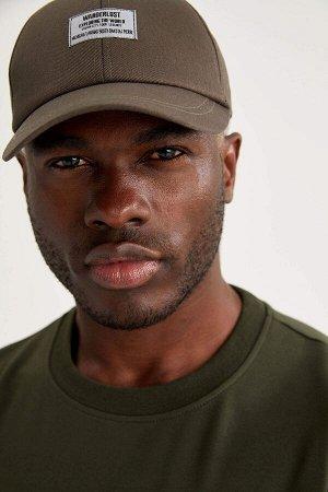 шапка Размеры модели: рост: 1,88 грудь: 95 талия: 70 Надет размер: STD  Хлопок 100%