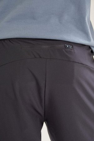 шорты Размеры модели: рост: 1,87 грудь: 93 талия: 80 бедра: 102 Надет размер: M  Полиэстер 88%,Elastan 12%