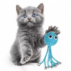 Игрушка Мячик в форме осьминожки из веревки с колокольчиками устойчив к воздействию кошачьих когтей, изготовлен из безопасных материалов. Подобного рода игрушки - отличный способ поддерживать Вашего п