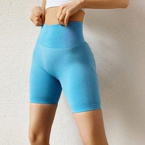 Светло-серые спортивные шорты