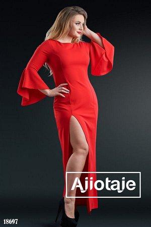 Платье в пол красного цвета с высоким разрезом