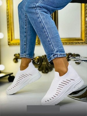 Кроссовки маломерят на размер