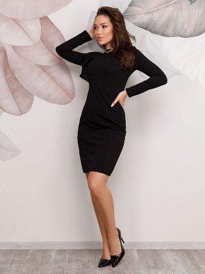 Черное платье с длинными рукавами и рюшами