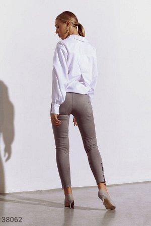 Замшевые серые брюки