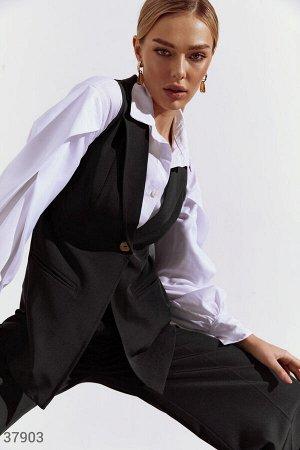 Брючный костюм с жилетом
