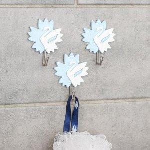 Набор крючков на липучке «Лебеди», 3 шт, цвет МИКС