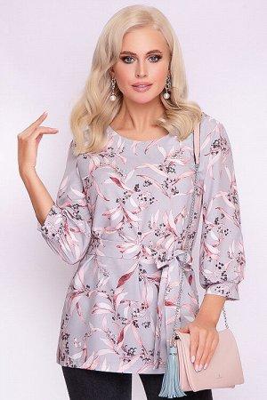 Блузка Блузка прямого силуэта.В комплекте пояс из основной ткани. 30% вискоза 65% п/э,5% эластан