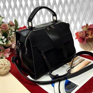 Стильная сумка-саквояж J'adore с ремнем через плечо из качественной эко-кожи и искусственной замши черного цвета.