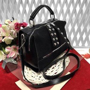 Стильная сумка-саквояж Seo_Mantana с ремнем через плечо из качественной эко-кожи и искусственной замши чёрного цвета.