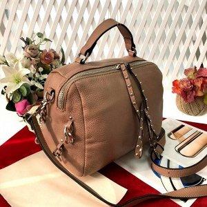 Модная женская сумочка Haipish из дорогой матовой натуральной кожи цвета латте.