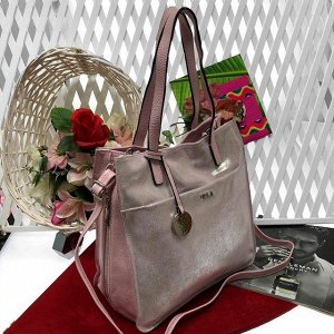 Роскошная сумка Diamond_Molecule из натуральной кожи с лазерной обработкой серебристо-пудрового цвета.