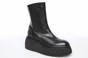 Ботинки МЕХ ЕВРО Форма 106 Форма новая. Со слов фабрики, большемерит на размер высота платформы в пятке - 6,5см