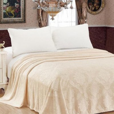 Подушки, Одеяла, Наматрасники, Чехлы на мебель — Пледы Полутороспальные — Пледы