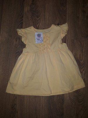 Платье Ростовка указана 110-116, но по факту маломерит. Скорее на рост 100см