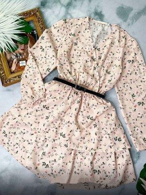 Платье Ткань софт, длина 83 см Принт может незначительно отличаться от фото
