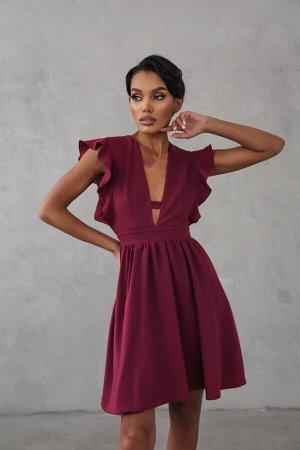 Платье-мини на 40 размер из крепа с акцентом на декольте 0 0 0 0