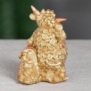 """Статуэтка """"Бык с портфелем"""", символ года 2021,золотистый, 6 см, полистоун"""