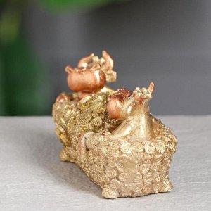 """Статуэтка """"Корова и бык в ванной"""", символ года 2021,золотистый, 12 см, полистоун"""