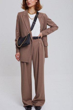 Комплект:  жакет  (2401/1)  +  брюки  +  футболка (2401/3)  2470