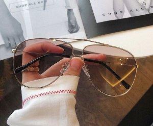 Женские поляризованные солнцезащитные очки в защитном чехле, черные заушники, светло-коричневые линзы