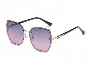 Женские солнцезащитные поляризованные очки в защитном чехле, градиент линзы,  серебристая оправа,  серебристые дужки в виде звеньев цепи, черные заушники заушники