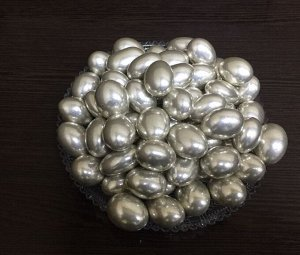 Миндаль в белой шоколадной глазури  Серебро