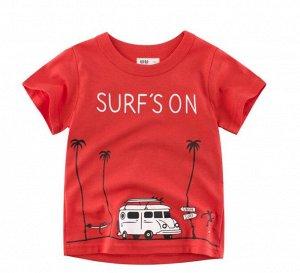 """Футболка детская, принт """"Автомобиль на пляже"""", надпись """"Surf`s on"""", цвет красный"""