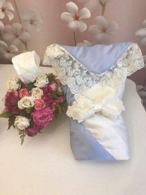 """Конверт-одеяло на выписку """"Лондон"""" (двухцветный молочно-голубой с молочным кружевом)"""