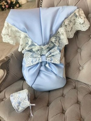 """Зимний конверт-одеяло на выписку """"Лондон"""" (двухцветный молочно-голубой с молочным кружевом)"""