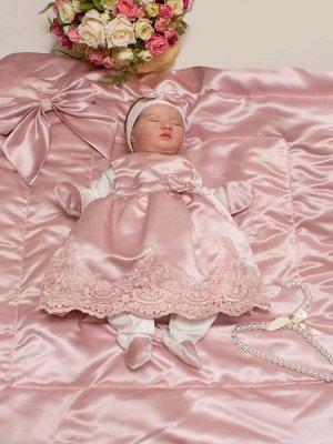 """Комплект на выписку """"Принцесса"""" комбинезон и платье (Утренняя роза розовое с розовым кружевом)"""