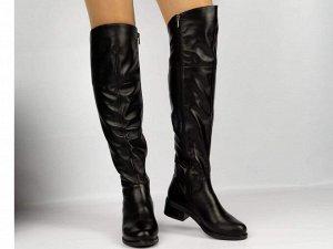 Ботфорты Тип: Ботфорты на полную ногу Материал верха: натуральная кожа Подошва - ТЭП  Байка  Объем голенища 40 см в 36/37 размере, 41 см в 38/39 размере, 42 в 40/41 размере. Объем голенища указан без