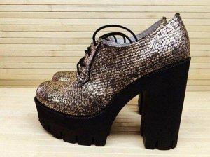 Туфли со шнуровкой Grunge