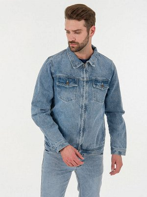 Мужская куртка светло-синий
